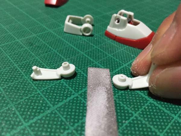 REVIVE HGUC RX-78-2 ガンダム製作写真 足首ガード後ハメ01