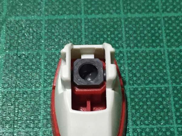 REVIVE HGUC RX-78-2 ガンダム製作写真 足首ガード後ハメ02
