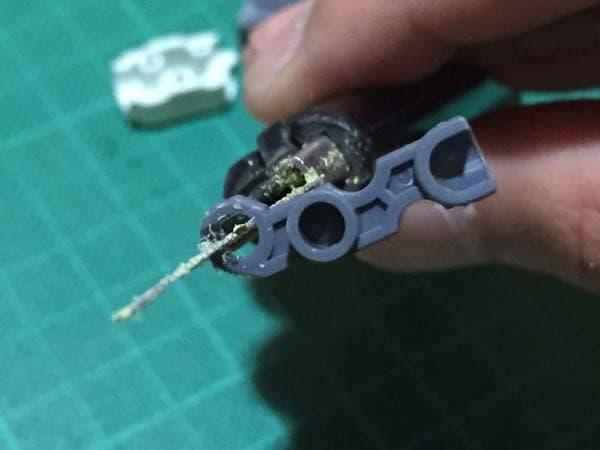REVIVE HGUC RX-78-2 ガンダム製作写真 下腕後ハメ03
