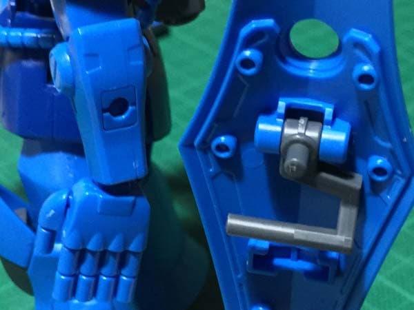 HGUC REVIVE グフ パチ組レビュー309 装備品 シールドの持ち方